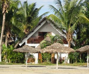 bungalow-lapirogue-mahambo-1